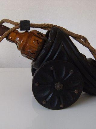 Porte bouteille bois en forme de canon + bouteille