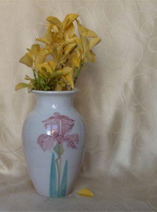 Vase céramique décor iris roses peints mains.