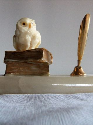 Porte plume stylo en quartz blanc hibou chouette