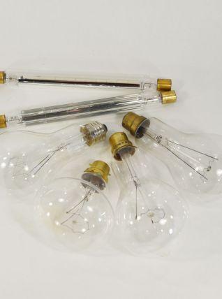 Lot d'ampoules anciennes
