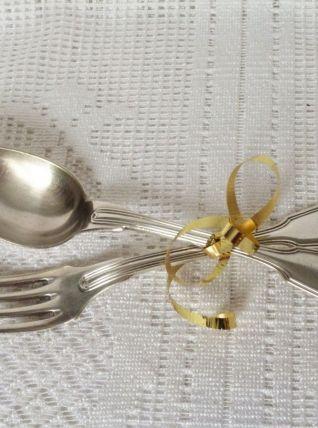 """Couverts de table en métal argenté  / Couverts """"Christophe""""."""