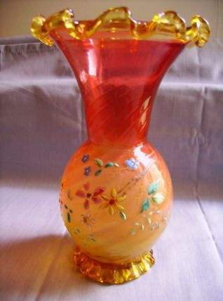 Vase à collerette ancien