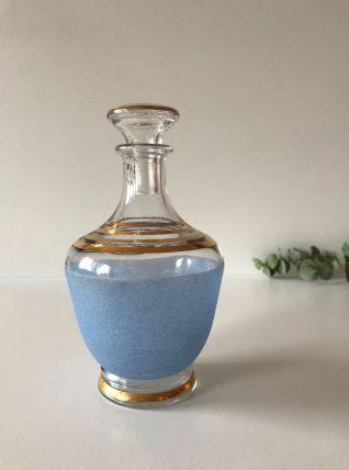 Carafe bleu et organique en verre