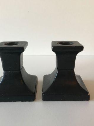 Paire de bougeoirs plâtre noir