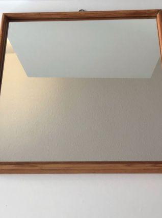 Ancien miroir rectangulaire en bois