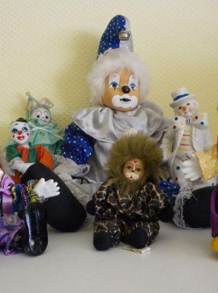 Collection de 8 Clowns Porcelaine et Tissu