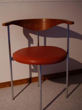 Chaise du designer  Frederik SIECK 1960
