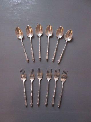 6 Cuillères et 6 fourchettes  a dessert entremet