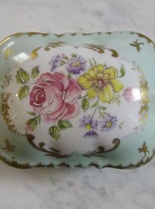 Bonbonnière années 30 en porcelaine de Couleuvre