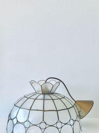 Suspension luminaire vintage en nacre et laiton
