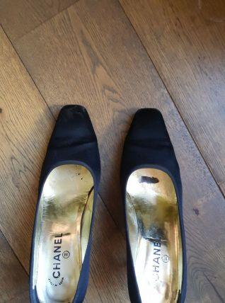 Escarpins Chanel noirs