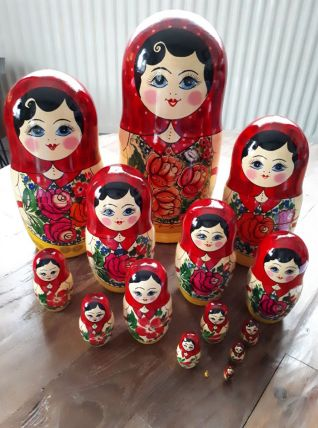 Grande poupée russe matriochka 15 pièces