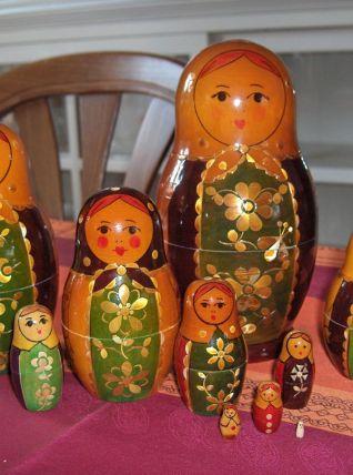 Ancienne poupée russe matriochka 10 pièces