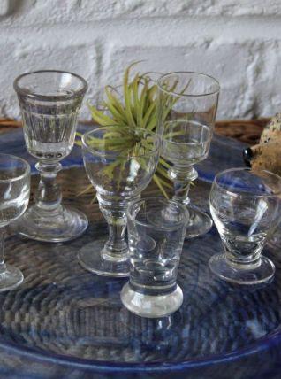 Lot de 6 verres à liqueur vintage dépareillés