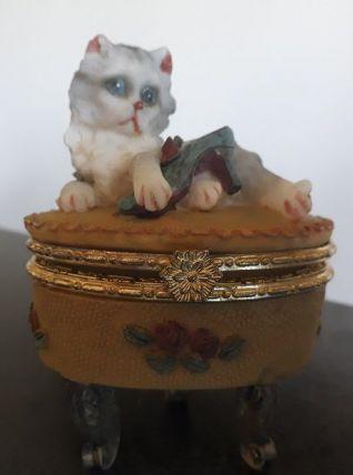 Ancien pilulier décoré chat