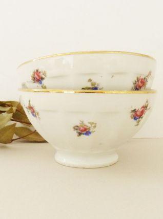 Lot de 2 bols en porcelaine à motifs floraux et liseret doré