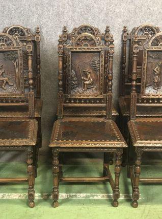 Suite de 6 chaises bretonnes fin XIXème en chêne
