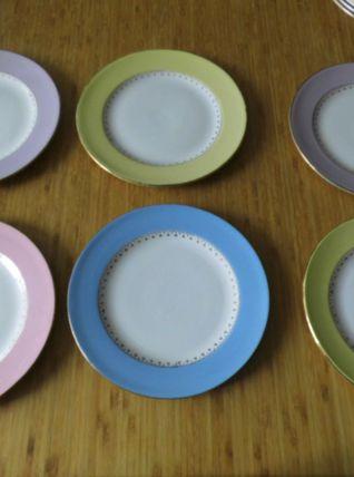 Ensemble de 6 assiettes plates  de couleur