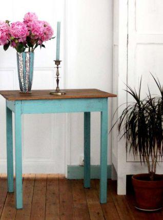 Table en bois patinée