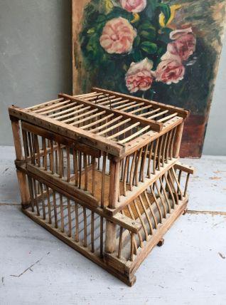Ancienne cage pour oiseaux
