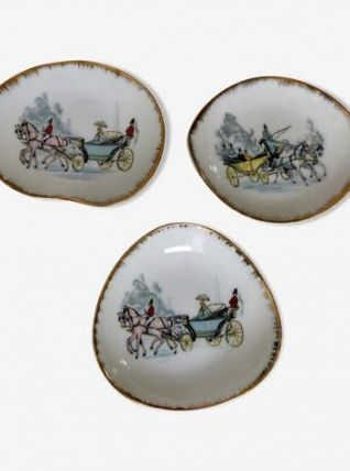 3 coupelles en porcelaine