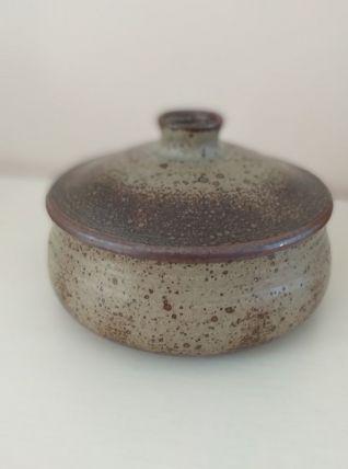 Petite soupière en grés pyrité