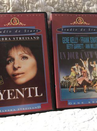 2 cassettes : Yentl + Un  jour à New York