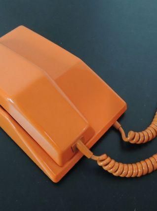 Téléphone orange
