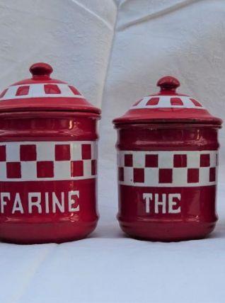 Ensemble de pots de cuisine en fer émaillé rouge