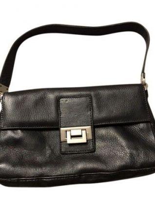 Magnifique sac à main en cuir véritable  très bonne qualite