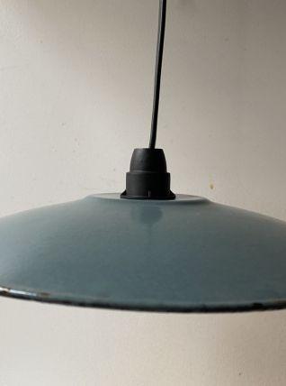 Ancienne suspension en tôle émaillée vintage  bleu gris