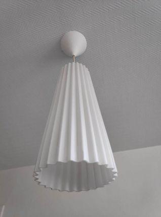lustre en verre épais plissé teinte blanche intérieure