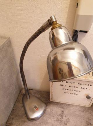 Ancienne lampe industrielle d'atelier