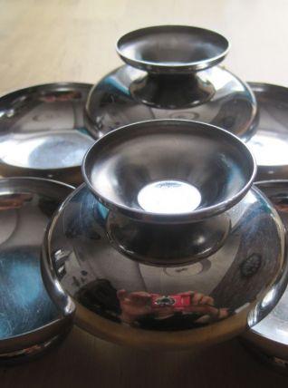 6 coupes a glaces inox  diamètre 9 cm  hauteur 4 cm