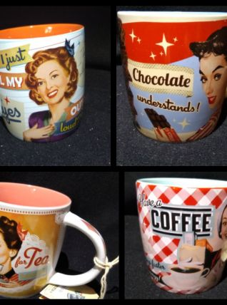 LOT DE 4 MUGS VINTAGES