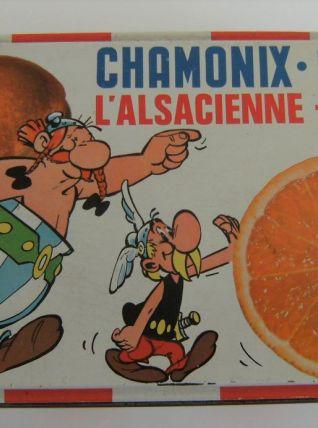 Boite biscuits chamonix vintage motifs astérix et obélix