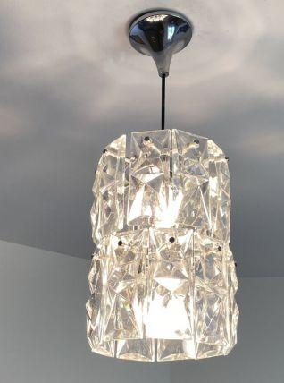 Lustre KINKELDEY. Acier chromé et pampilles en cristal. 1970