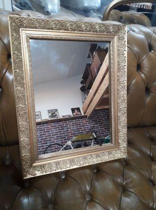 miroir  doré  ancien  38x48   bon etat vue son age une petit
