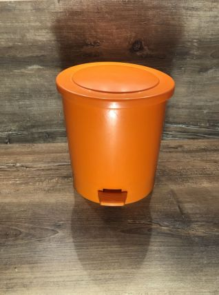 Poubelle Plastique Orange - Vintage 70