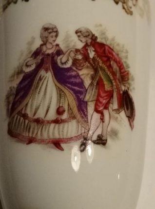 2 très beaux mazagrans porcelaine de luxe décor or scène gal