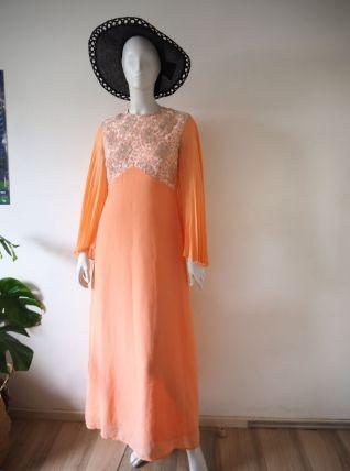 Longue robe hippie en voile saumon manches papillons 70's