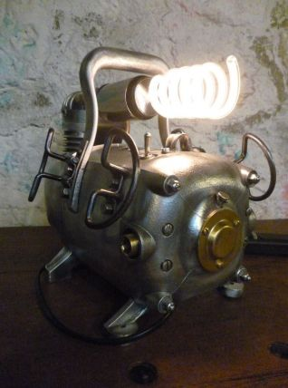 LAMPE INDUSTRIELLE - COMPRESSEUR -