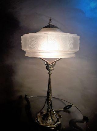 LAMPE ART NOUVEAU   en bronze doré 1900 a 20 avec  abat jour