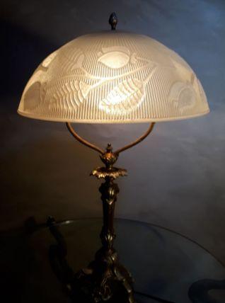 lampe bronze doré  abat jour verre epais 8ml  motif fleural