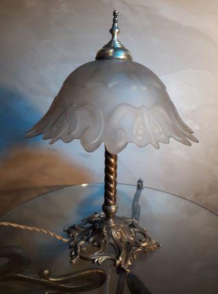 lampe  bronze et laiton art nouveau  1900 a 30s    39x29cm