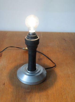 Lampe fabriquée à partir d'une baladeuse SNCF années 60.
