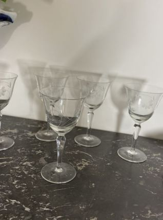 Set de 5 verres à vin en cristal ciselé 1960