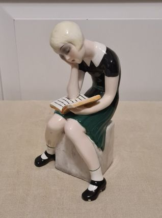 Figurine CLAIRE WEISS