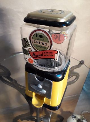 Petit distributeur a bonbon toronto canada internationnal gu