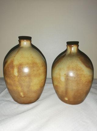 """Paire de bouteilles """"boule"""" en grès"""